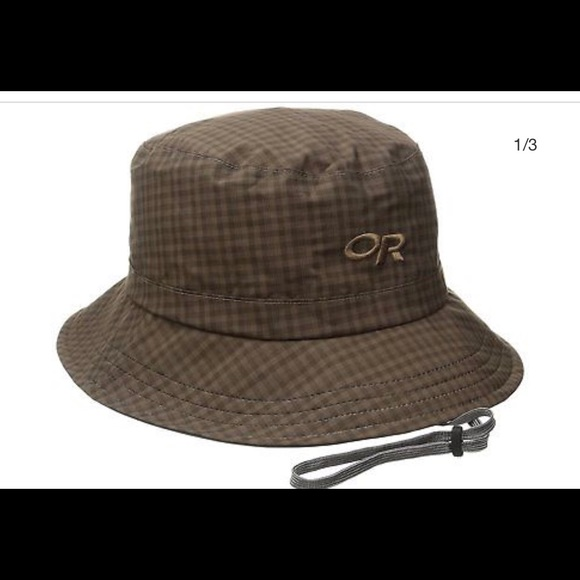 new arrival 2b64d be449 Venetia bucket hat brown small check NWT